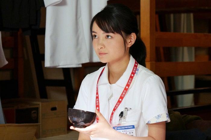 葵わかな/「ブラックペアン」第4話より(C)TBS