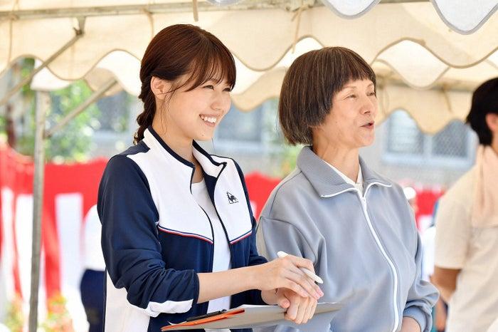 有村架純、夏木マリ/「中学聖日記」第2話より(C)TBS